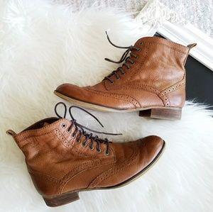 Nordstrom BP   Combat Wingtip Brown Leather Boots